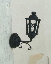 Coach lamp