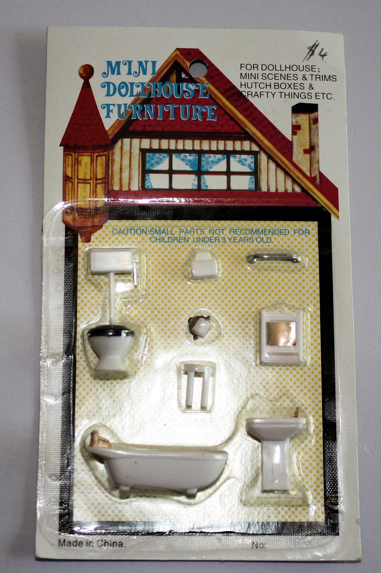 1-48 scale 8 pce bathroom set