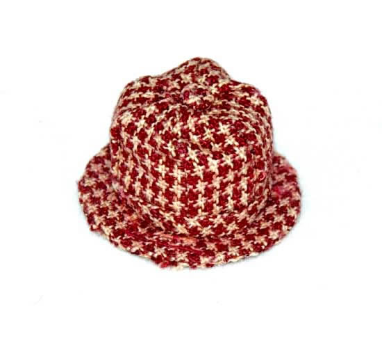 Red chequered hat