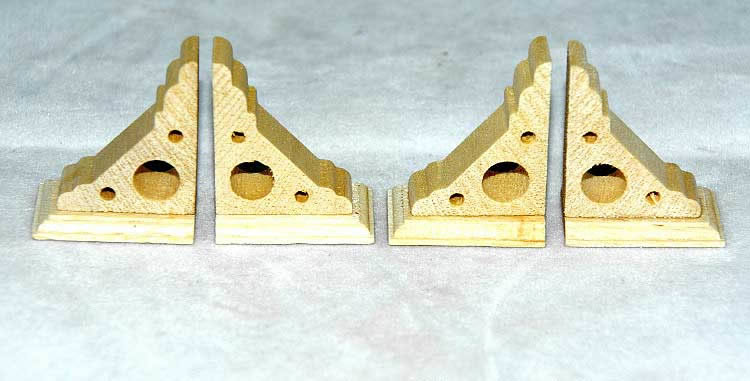 Eave brackets, small