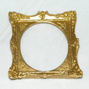 Gold decorative picture frame, large oval insert