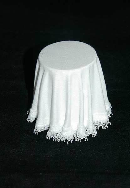Skirted table white