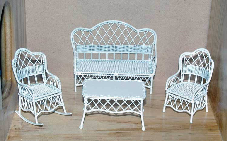 White wire lounge, 4 piece
