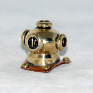 Diving helmet, old fashioned