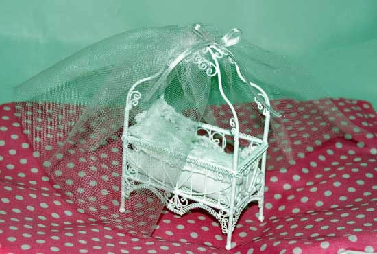 White wire crib with canopy