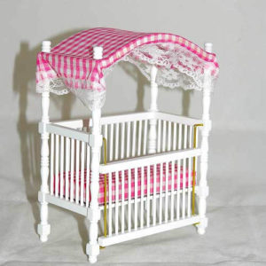 Canopy cot, pink and white checked insert