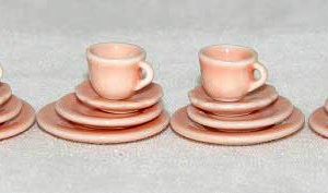 Pink /peach quality porcelain  dinner service