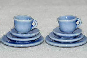 Blue good quality porcelain dinner service