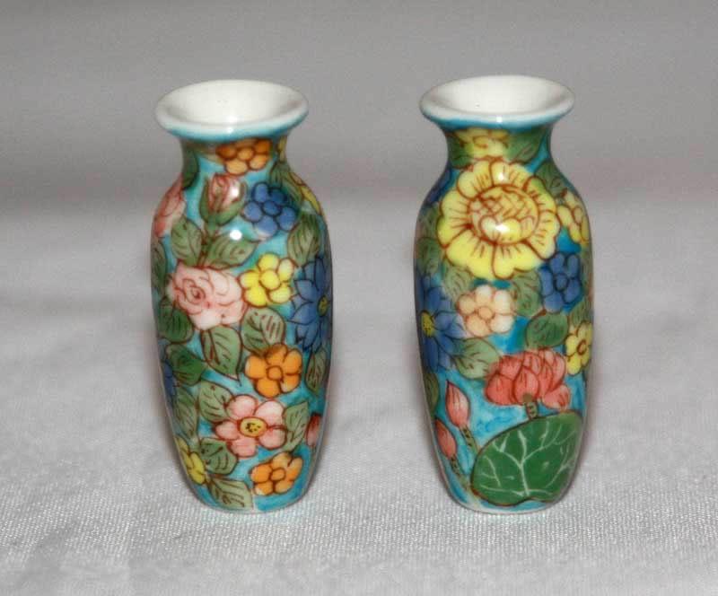 Vases - blue  floral