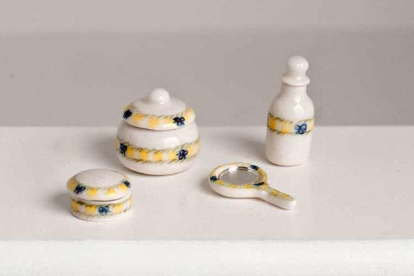 Bedroom/bathroom accessories, porcelain