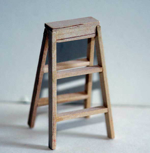 Step ladder, opening, pine two step