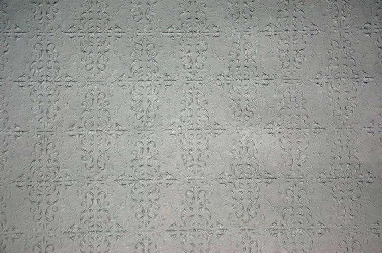 Embossed paper for metal ceilings, large pattern