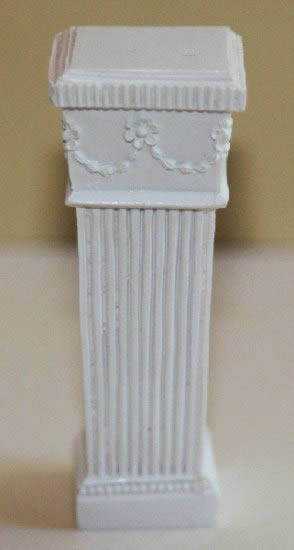 White garden pillar