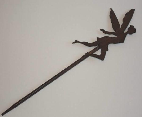 Fairy stake, rust