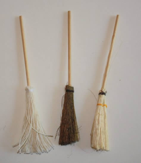 European brooms, set of 3