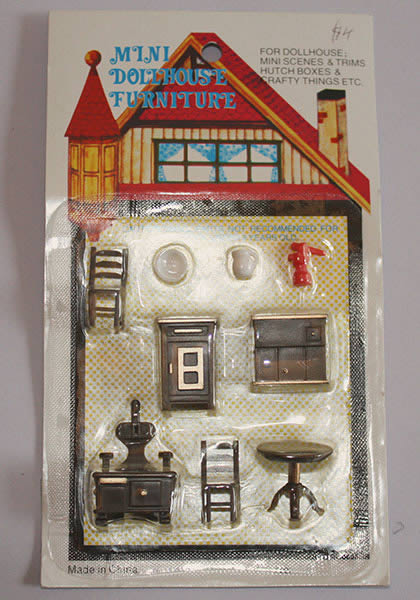 1-48 scale 9 pce kitchen set