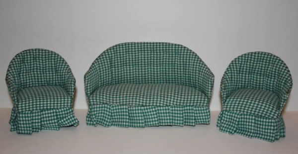 English Lounge suite - green check