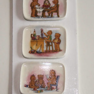 Set of three teddy decorated plates