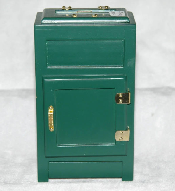 Green Ice chest