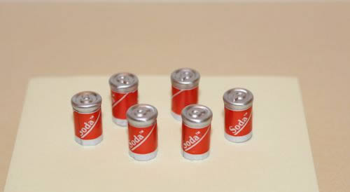 Set of 6 soda cans