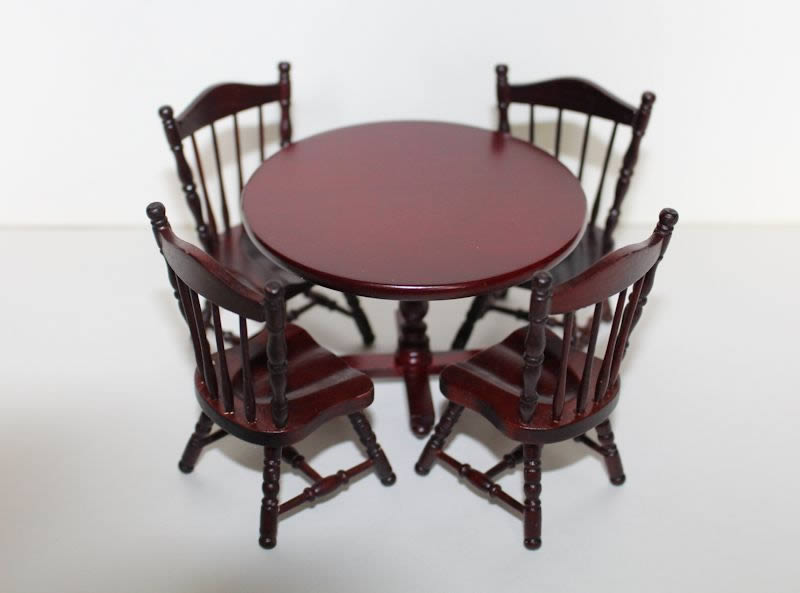 Mahogany Round Table And 4 Chairs