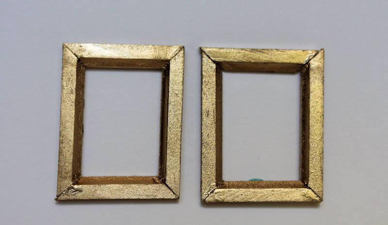 Plain gold picture frames- set 2
