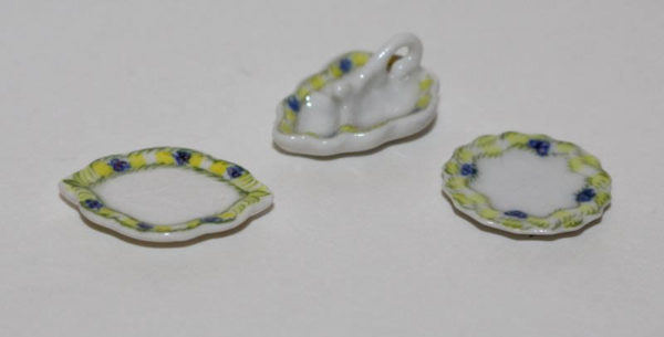 Yellow and blue trim serving plates - set3