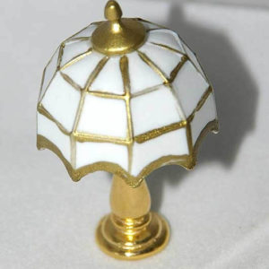 Tiffany table lamp, whitebon electric