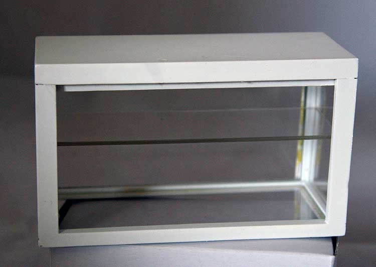 White display cabinet  / counter   ( no shelf )