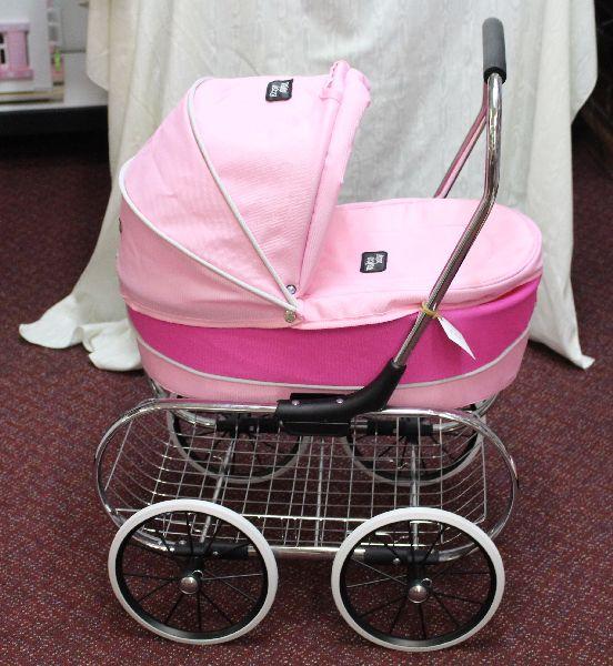 Pink Princess Pram