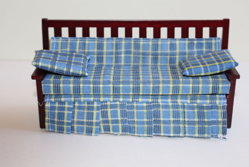 Day/Bed Couch with Blue Mattress