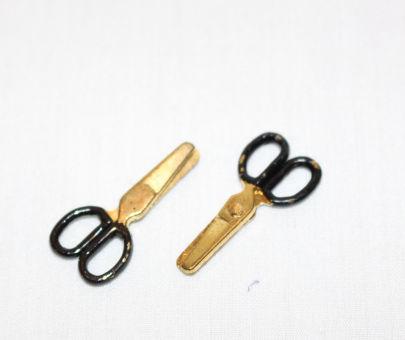 Scissors opening    2 pair
