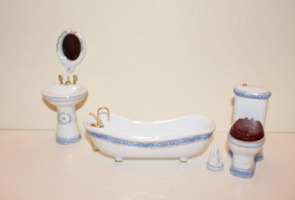 5 Pce White with Blue Trim Bathroom Set